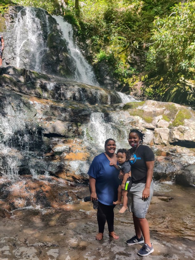 laurel falls with toddler