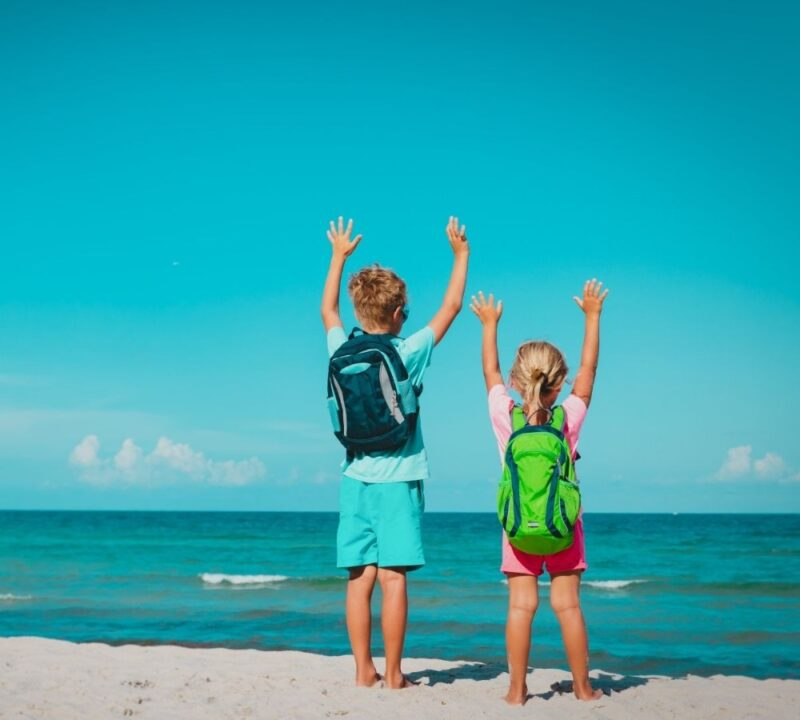 kids travel backpack