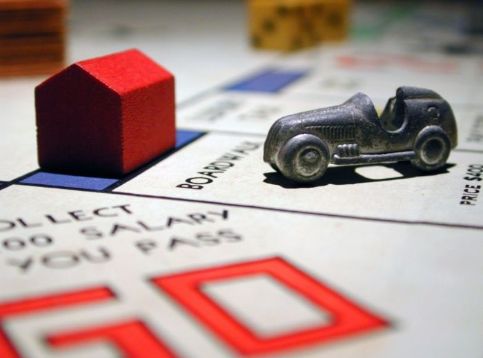 Best Travel Theme Board Game (Monopoly)